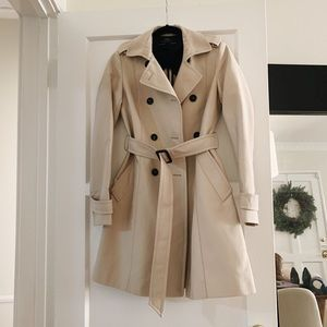 Zara Light Khaki Trench Coat w/ Belt